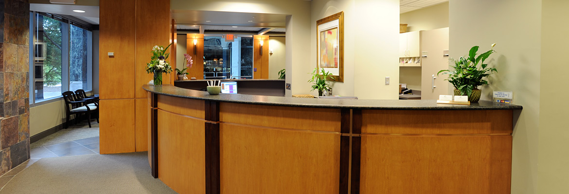 Buckhead-Dental-Associates-front-desk-2